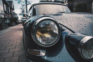 Cómo tratar los faros del coche